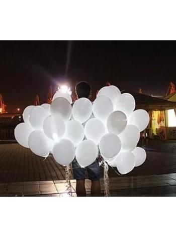 Белые светящиеся шары